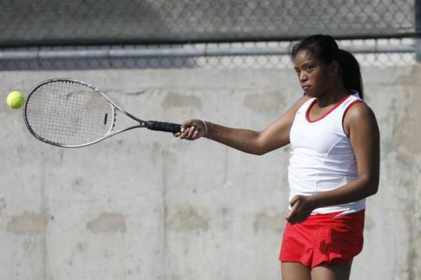 Hoover downs Tribe, 11-7, in girls' tennis
