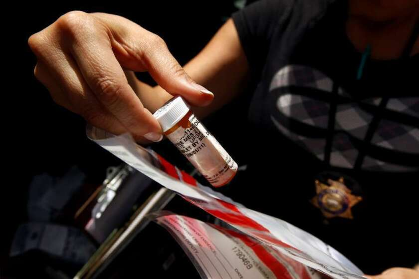 Los Ángeles: Si te deshaces de los narcóticos ilícitos no habrá repercusiones, dice el Sheriff