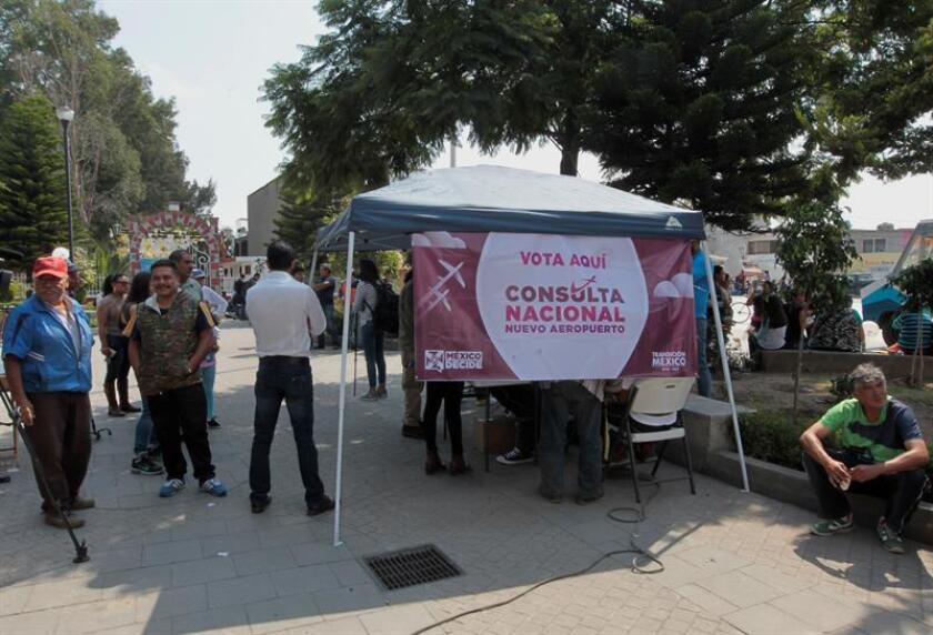 Fotografía fechada el 26 de octubre de 2018, que muestra una vista general de una casilla, en el municipio de Atenco en el Estado de México (México). EFE