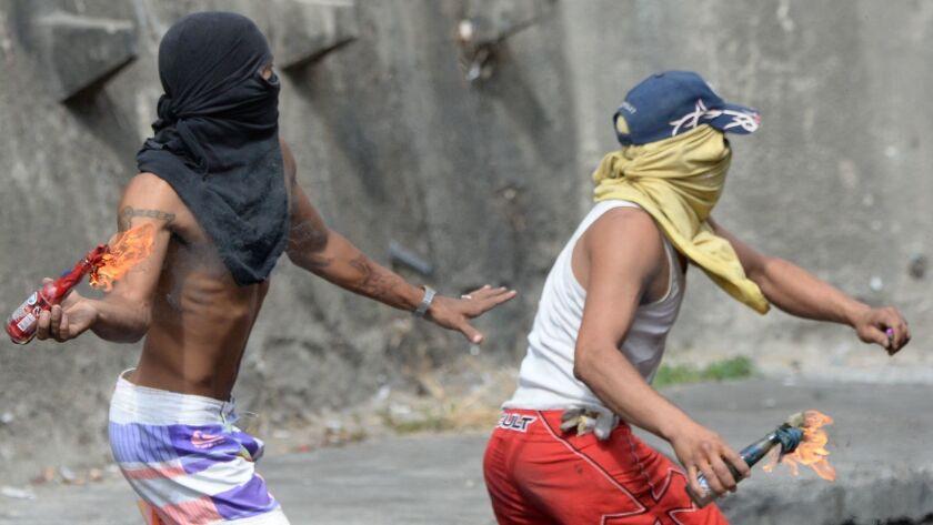 VENEZUELA-MILITARY-UPRISING-CLASHES