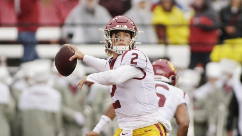 Southern California quarterback Jaxson Dart throws a pass during the first half against Washington State.