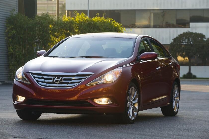Hyundai Recalls 883 000 Late Model Sonatas To Fix Gear
