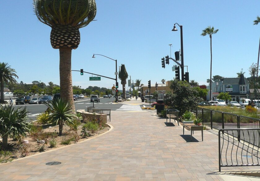 Wider sidewalks, public art and added parking spaces were all included in Solana Beach's Highway 101 revitalization. Photo courtesy city of Solana Beach.