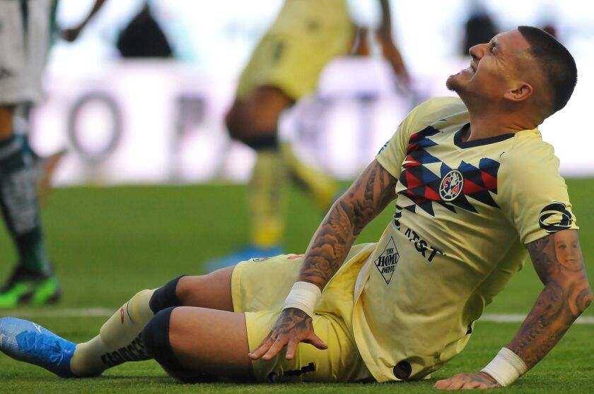 Chilean Nicolas Castillo of America gestures on the ground during the Mexican Apertura football tournament match against Leon at the Nou Camp stadium in Leon, Guanajuato State, Mexico, on July 27, 2019. (Photo by VICTOR CRUZ / AFP)VICTOR CRUZ/AFP/Getty Images ** OUTS - ELSENT, FPG, CM - OUTS * NM, PH, VA if sourced by CT, LA or MoD **