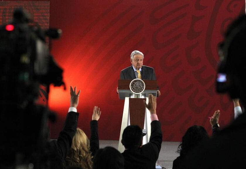El presidente de México, Andrés Manuel López Obrador participa en una rueda de prensa en el Palacio Nacional, en Ciudad de México (México). EFE/Archivo