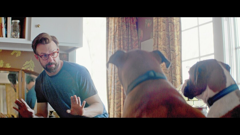"""It's man versus dog in the romantic dramedy """"Tumbledown,"""" in which Jason Sudeikis costars."""