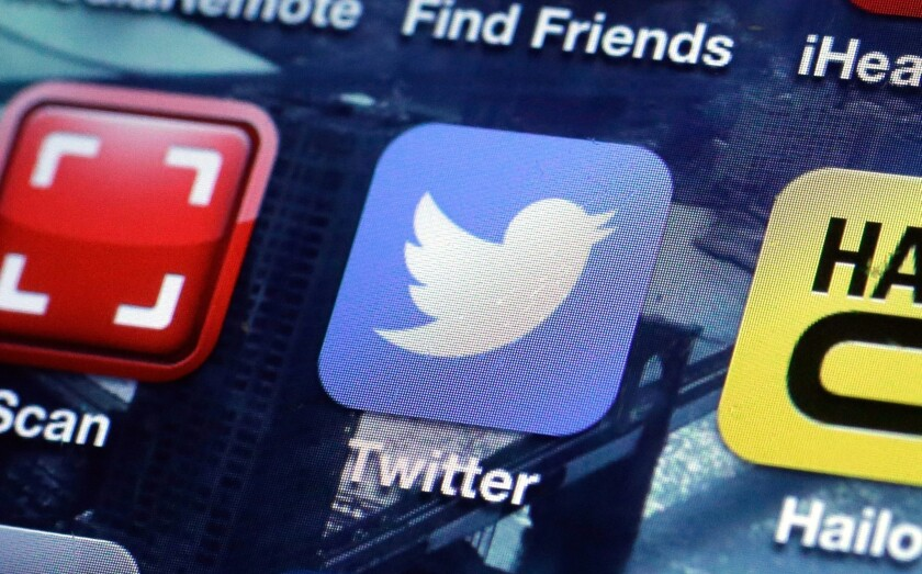 Twitter prices IPO below expectations, moves date to Nov. 6