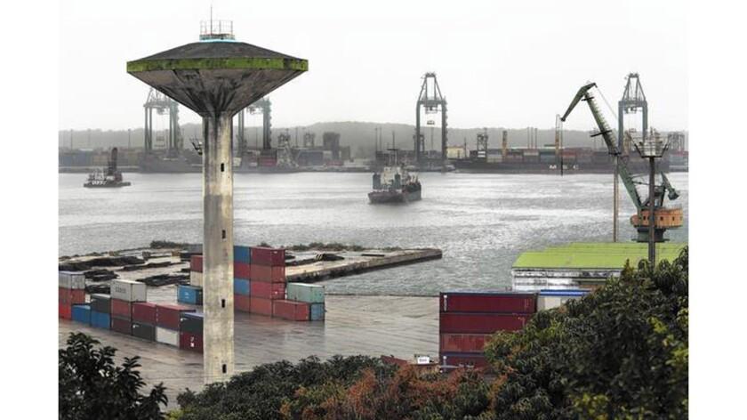 Cuba undertakes project to modernize Mariel port