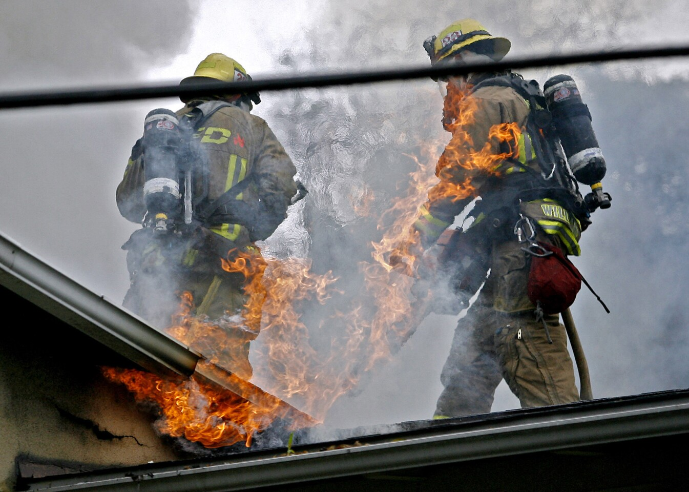 Photo Gallery: House fire in Glendale - Los Angeles Times