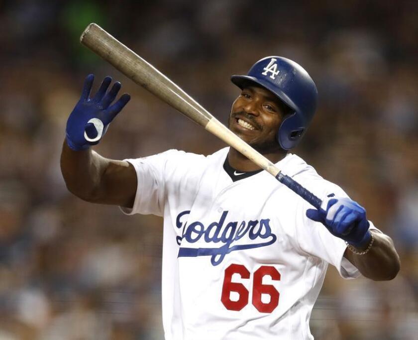 Yasiel Puig de los Dodgers de Los Ángeles. EFE/Archivo
