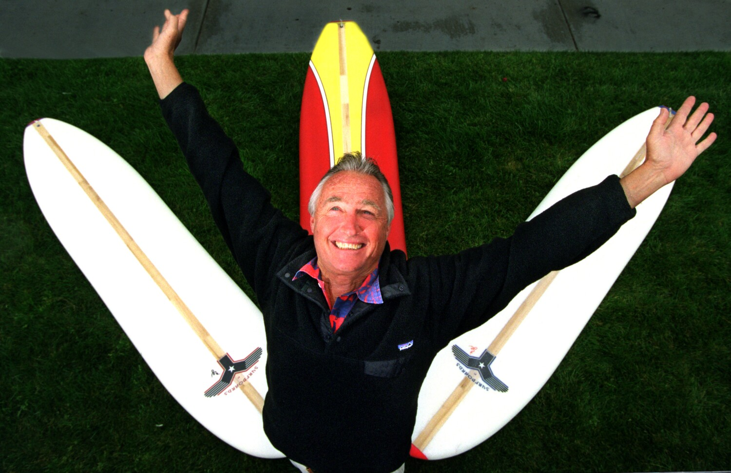 Tom Morey, Boogie Board inventor who opened the waves to the masses, dies