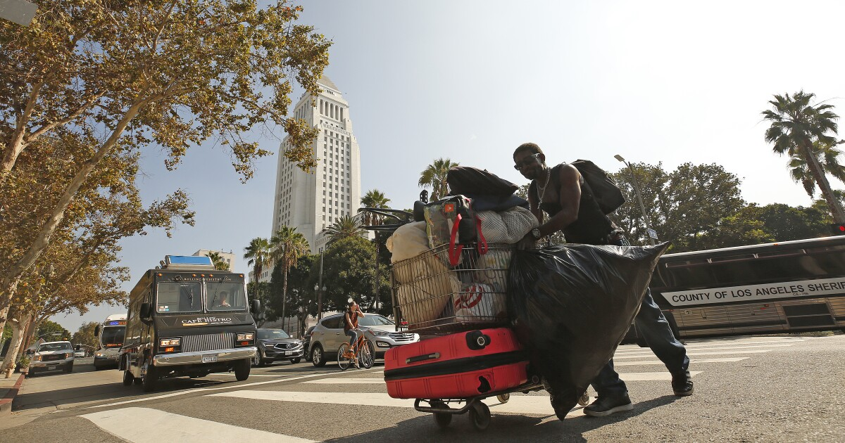 L.A. announced more 'sensitive' cleanups for homeless camps. Now it's taking a harder line
