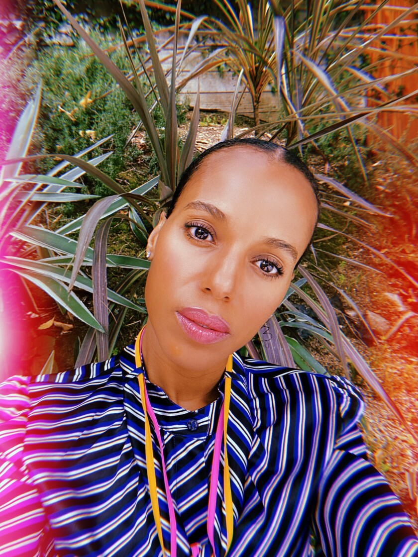 Actress Kerry Washington used the Huji app to take a selfie.