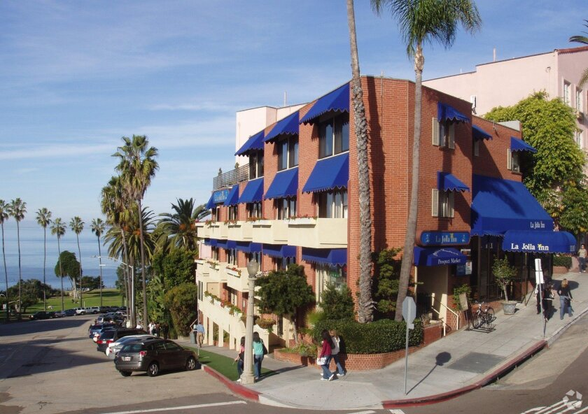 The La Jolla Inn has been sold for $7.1 million.