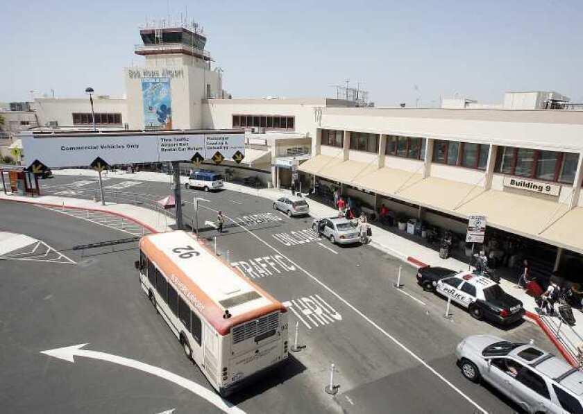 Bob Hope Airport seeks to add 'Burbank' to name
