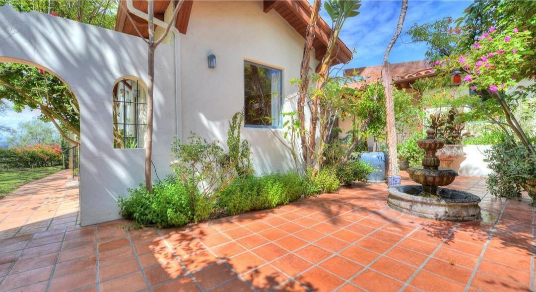 Casper Van Dien's former Topanga estate | Hot Property