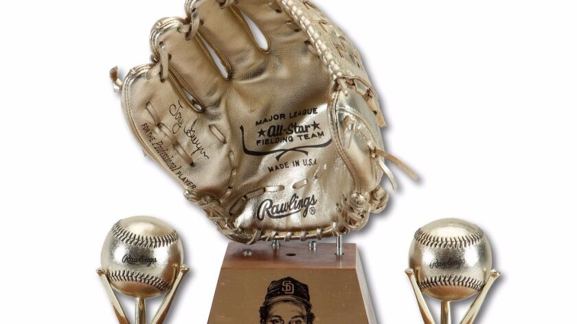Tony Gwynn's 1986 Rawlings Gold Glove Award will be auctioned off online beginning Oct. 18 to raise