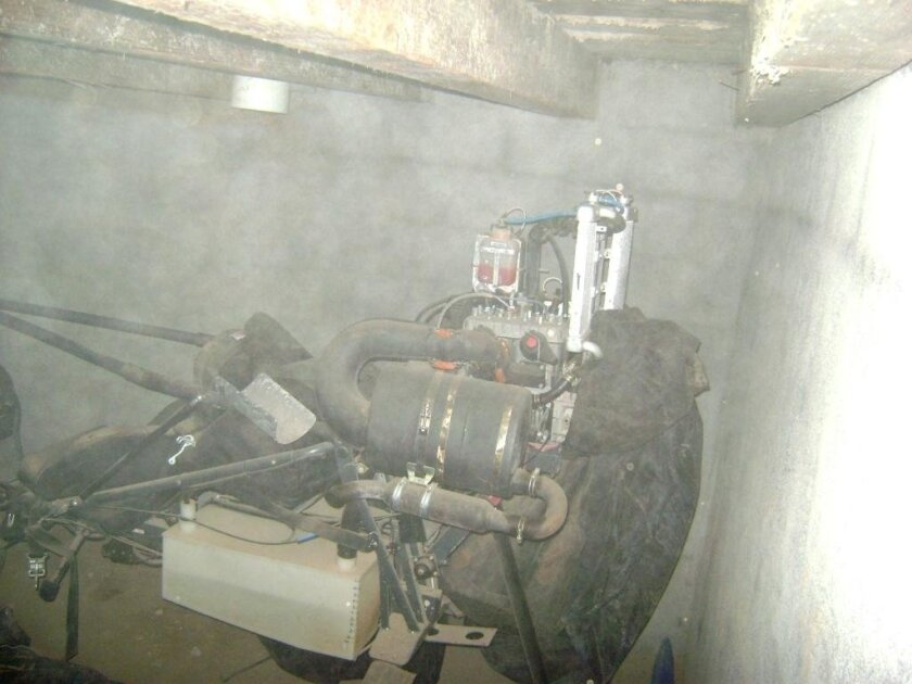 An Austrian-made ultralight airplane was among the items discovered last weekend in an underground chamber southeast of Mexicali. Authorities also found weapons, ammunition and other items said to belong to a drug trafficking group known as Los Garibay.