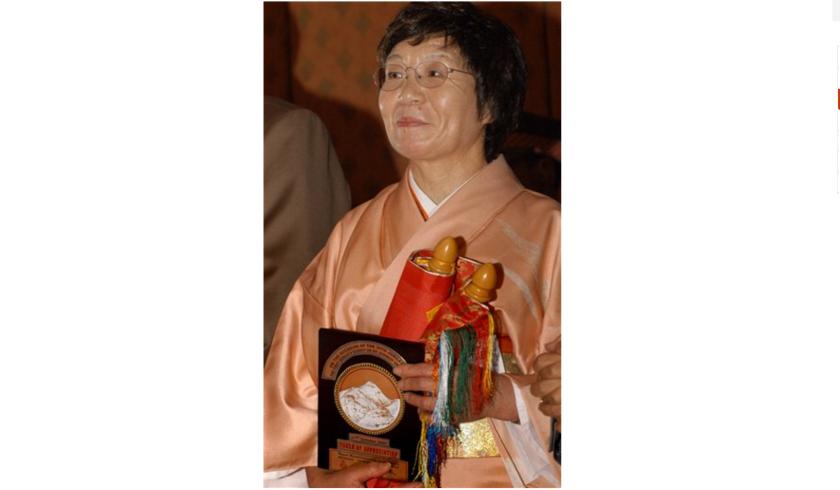 Foto tomada el 31 de octubre del 2005 en Katmandú, Nepal, de Junko Tabei, la primera mujer que escaló el Everest. (AP Photo/Binod Joshi)