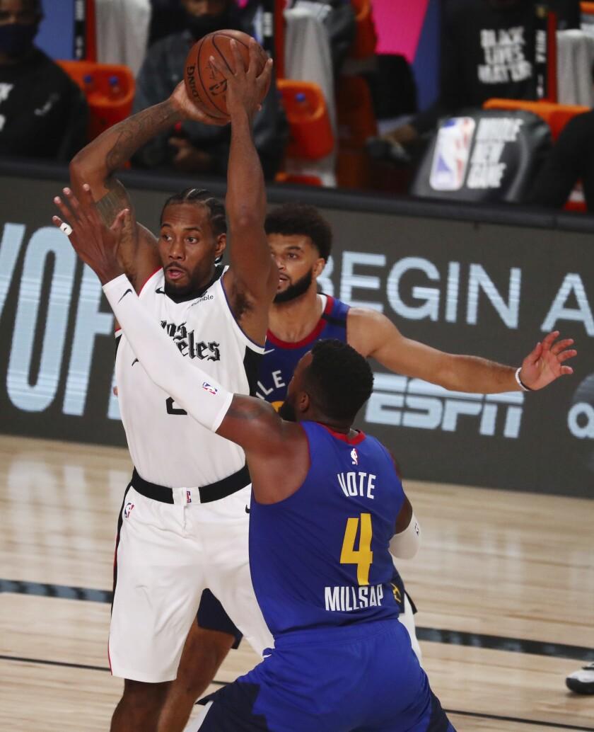 Kawhi Leonard, de los Clippers de Los Ángeles