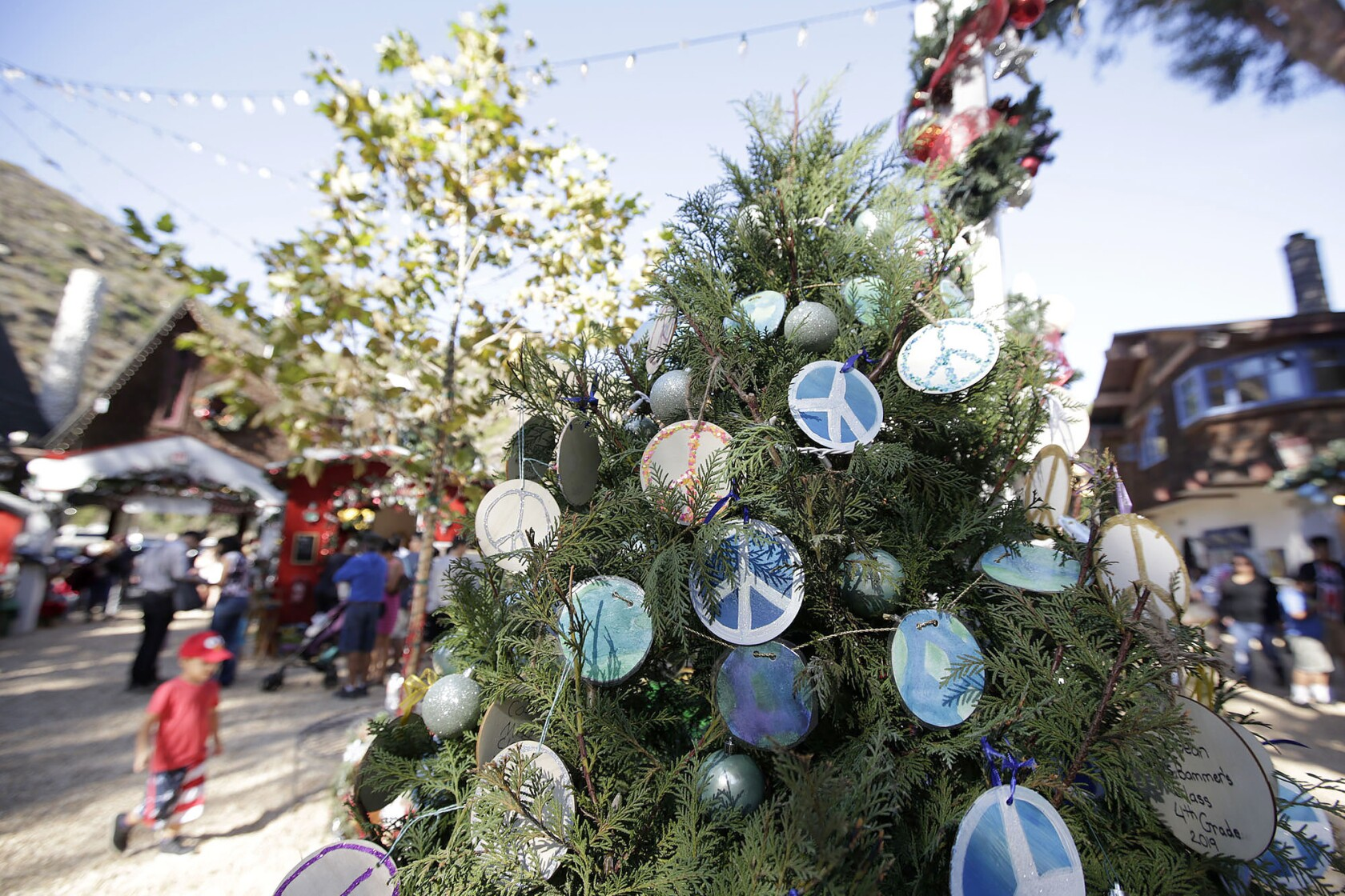 It's a winter wonderland at the Sawdust Festival grounds in Laguna Beach