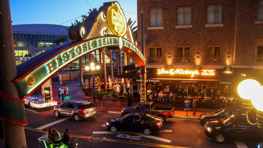 Good times light the nights in San Diego's Gaslamp Quarter ...
