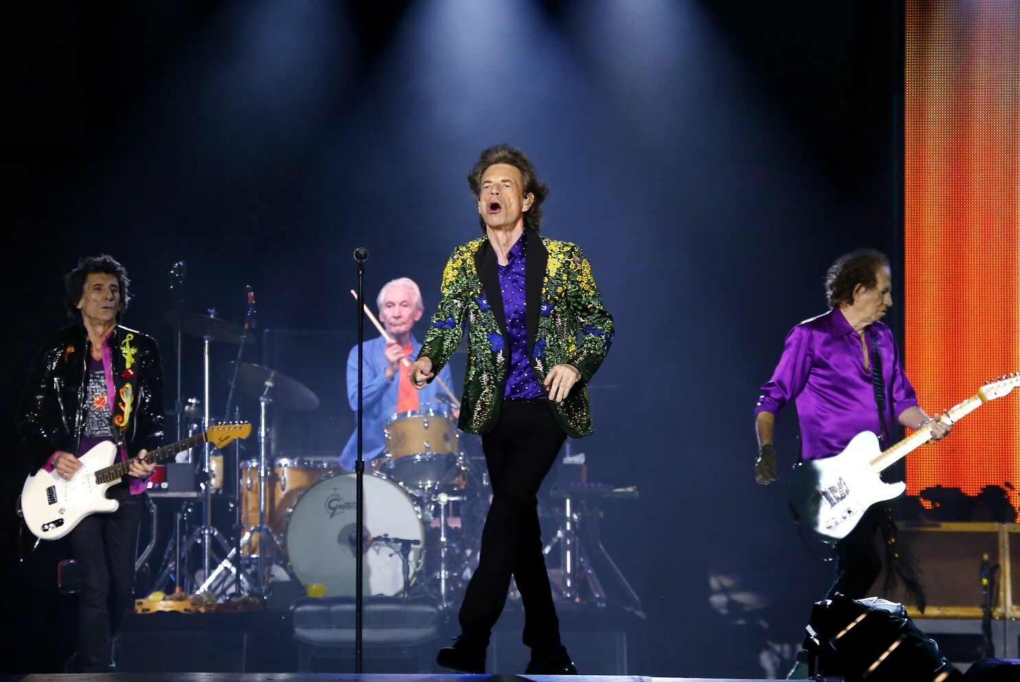 The Rolling Stones at the Rose Bowl, alive and kicking
