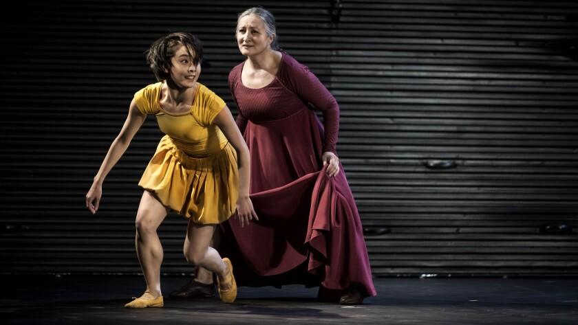 Mariko Kida as Juliet and Ana Laguna as the Nurse in the Royal Swedish Ballet production.