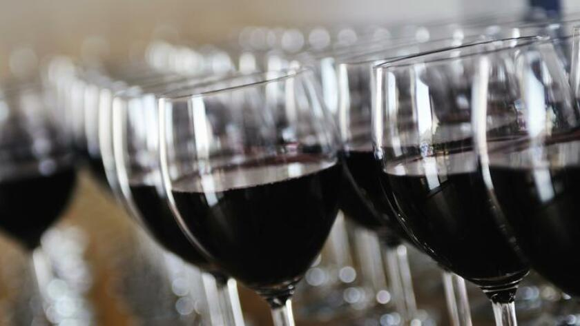 pac-sddsd-glasses-of-wine-samples-20160819