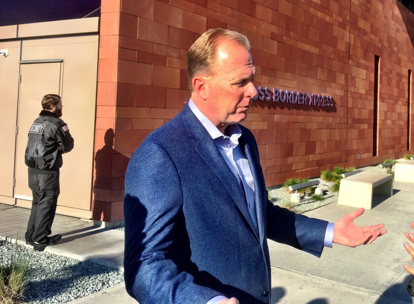Faulconer at border