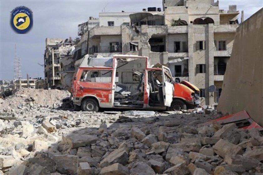 Los combates entre dos de las facciones salafistas más importantes de Siria, Yund al Aqsa y el Movimiento Islámico de los Libres de Sham, se reanudaron hoy pese al acuerdo de alto el fuego que habían suscrito, informó el Observatorio Sirio de Derechos Humanos.