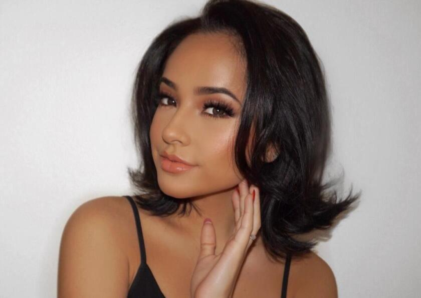 La cantante mexicoamericana alista dos discos, uno en español y otro en inglés.