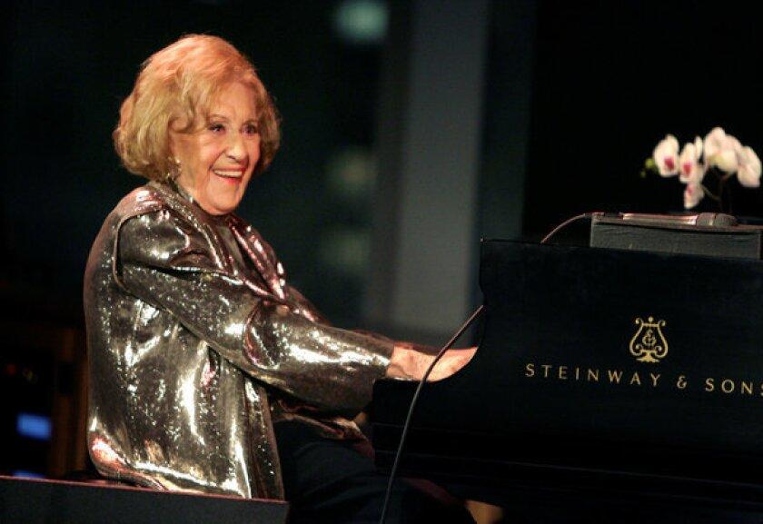 Marian McPartland, pioneering female jazz pianist, dies at 95
