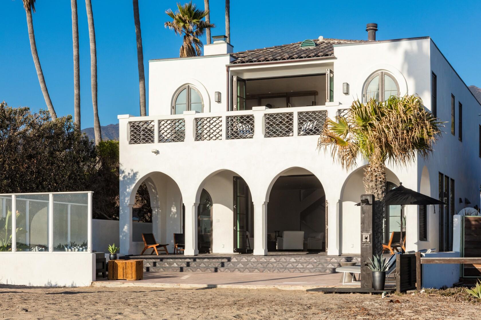 Carroll O'Connor's longtime Malibu home gets a fresh face