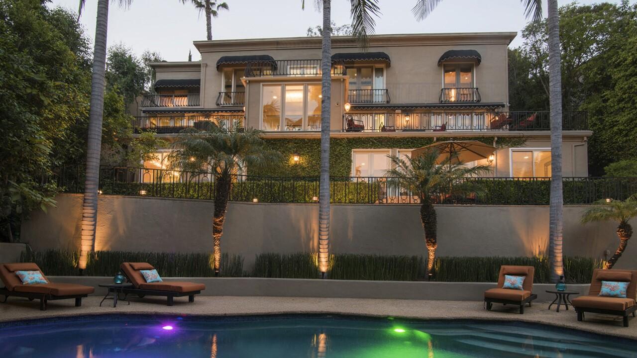 Hot Property   Anastacia