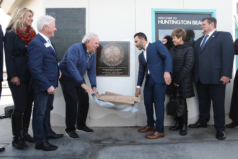 la-plaque-dedication-and-unveiling-ceremony-fo-005