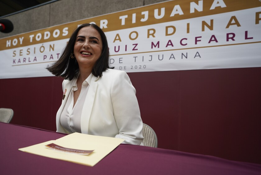 Karla Ruiz MacFarland en su ceremonia de toma de protesta en el Palacio Municipal de Tijuana