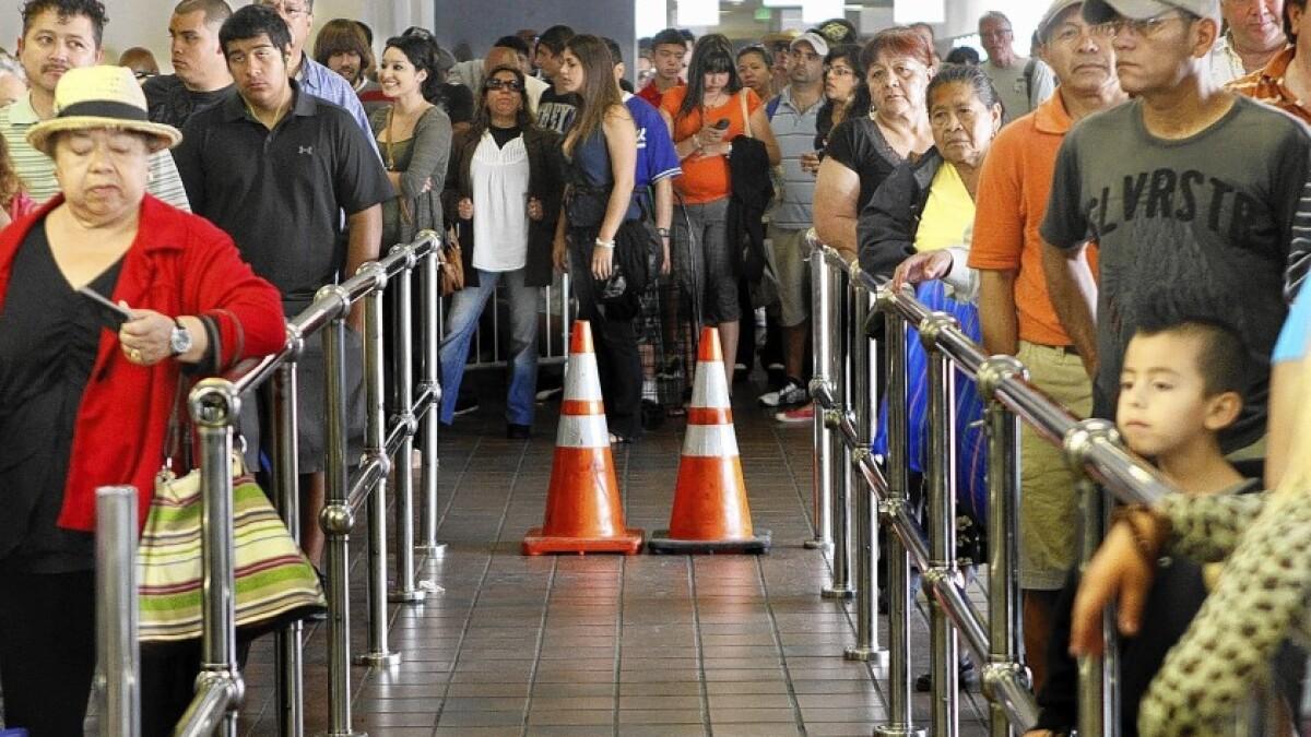 La restricción en las políticas de asilo de Trump sólo causará más  problemas en la frontera - Los Angeles Times