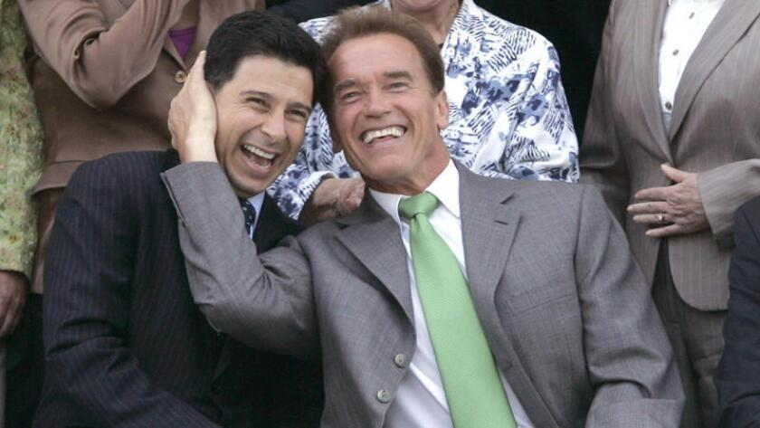 Fabian Nuñez and  Arnold Schwarzenegger