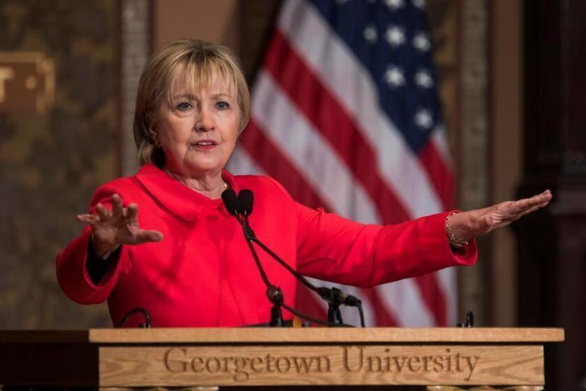 Trump no ceja e insiste en que se abra una investigación a Hillary Clinton