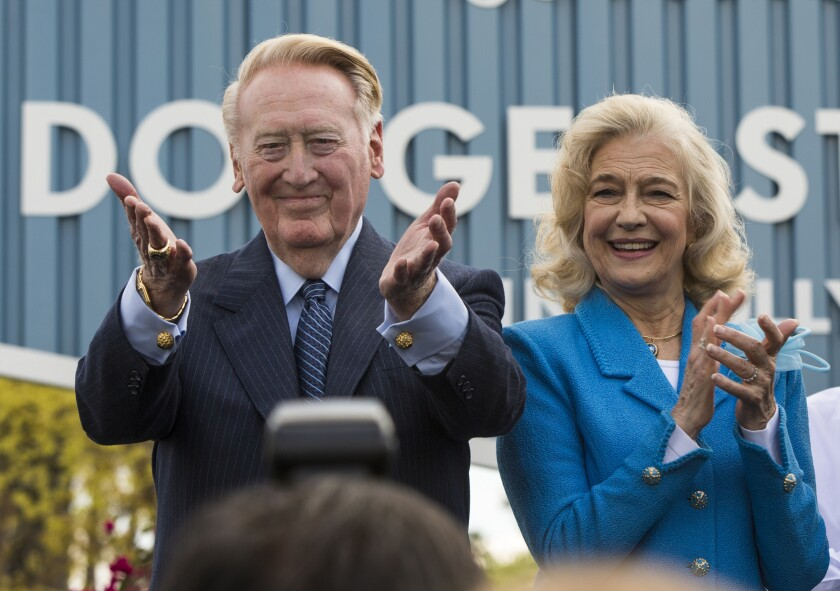 Dodgers legend Vin Scully with his wife, Sandi, thanks Dodgers' fans at a dedication ceremony.