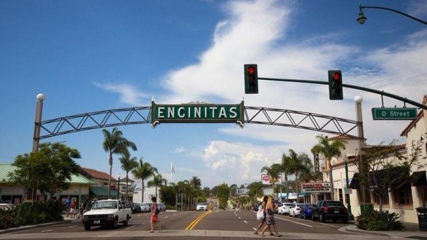 Encinitas downtown
