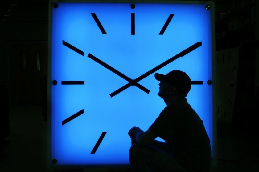 Daylight saving time in California lasts from the second Sunday of March to the first Sunday of November of each year.