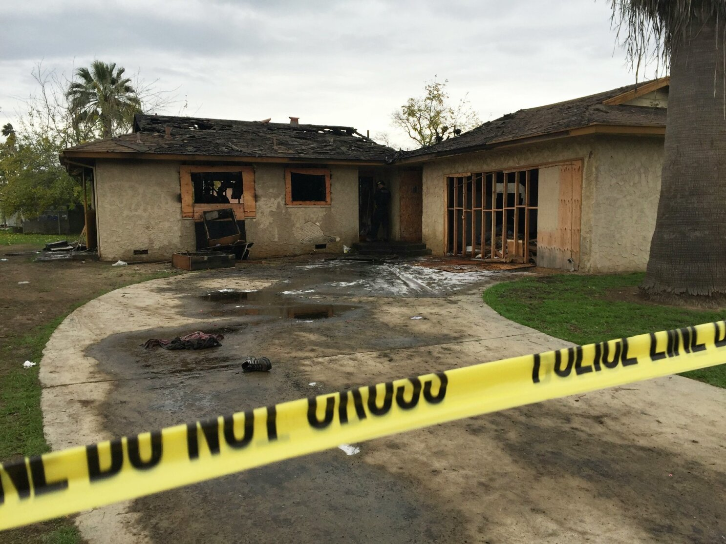 5 people die in abandoned house fire in Fresno, California - The San