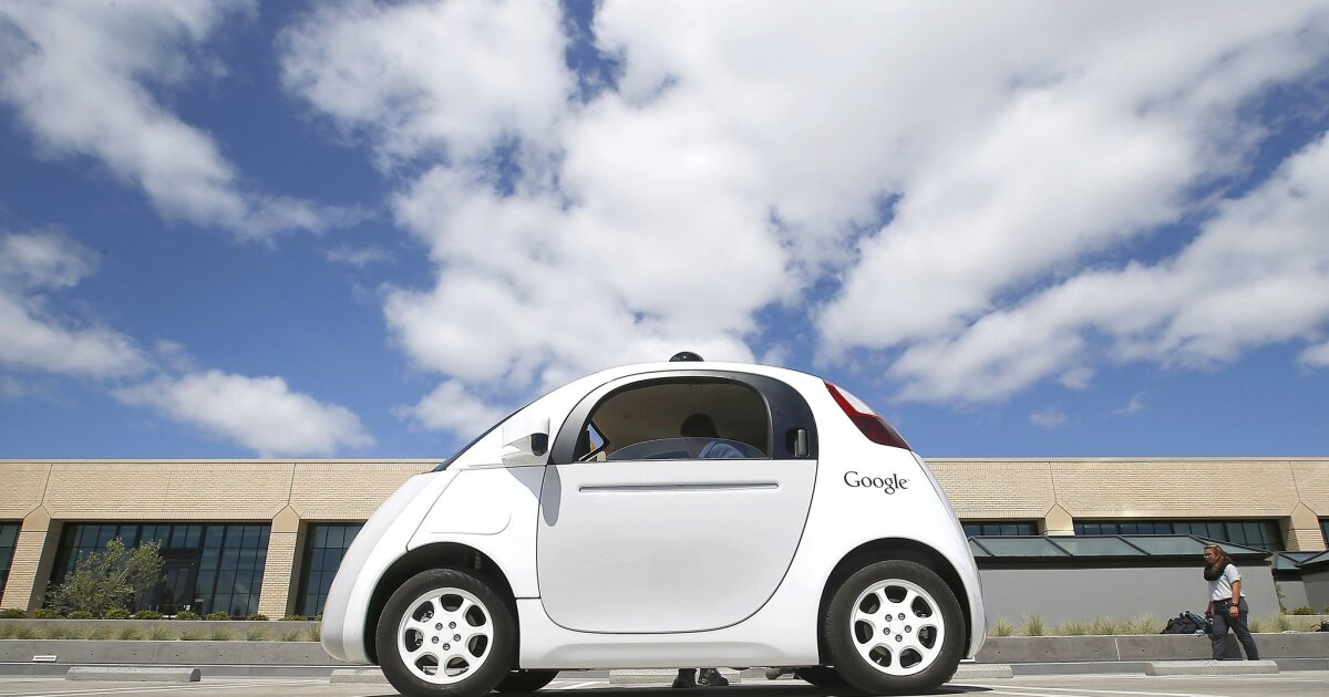 Self-driving cars must have driver behind the wheel, California says