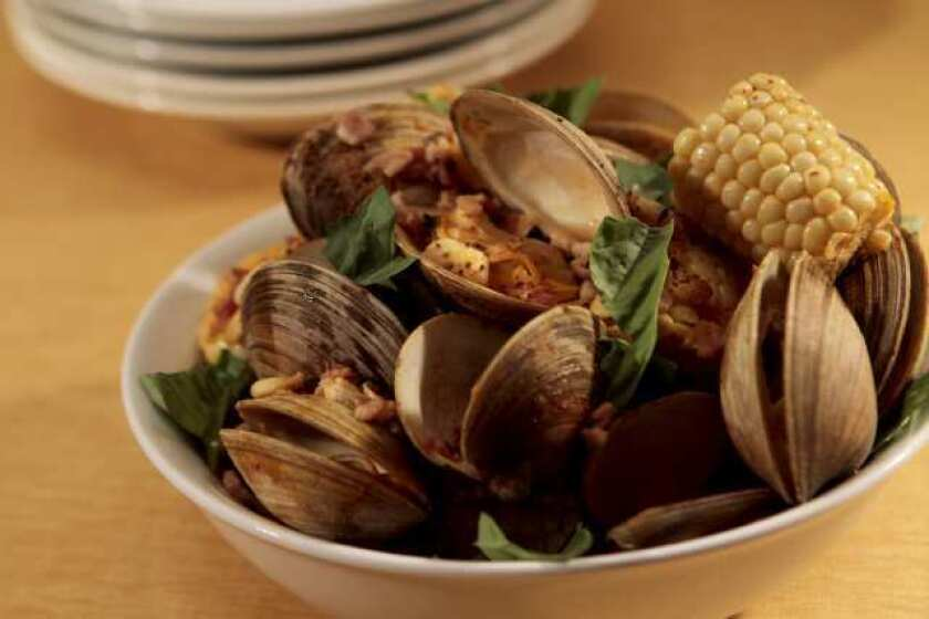Steamed corn with clams and bacon. Recipe