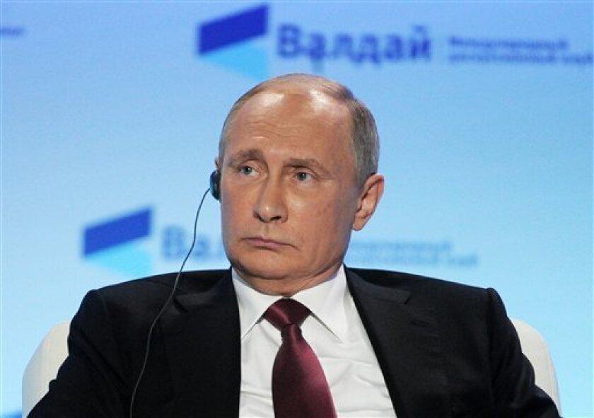 El presidente ruso, Vladímir Putin, inauguró hoy frente al Kremlin la monumental estatua del Príncipe Vladímir, que cristianizó hace más de mil años la Rus de Kiev (988), el reino eslavo precursor del actual Estado ruso.