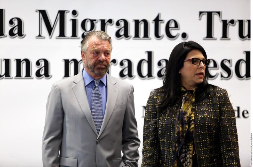El ex Canciller Jorge G. Castañeda sugirió como estrategia para encarar la crisis migratoria que los paisanos saturen los centros de detención en Estados Unidos para postergar o evitar su retorno a México.
