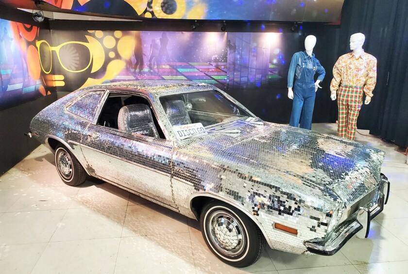 1971 Ford Disco Pinto.jpg