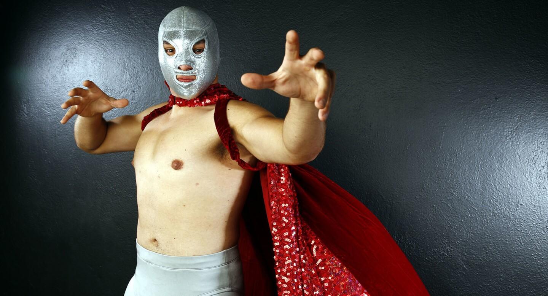 El Santo Jr debutará en Tijuana, México.